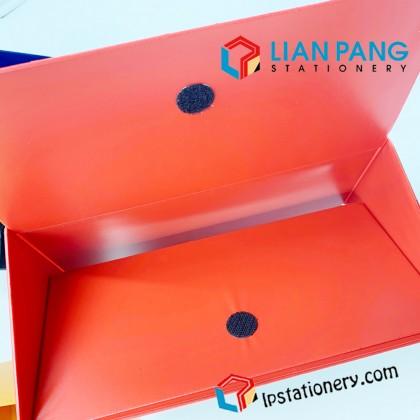 MAGAZINE BOX FILE PVC CBE A4 06813